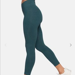 Outdoor voices sz sm leg Tech Sweat 3/4 leggings